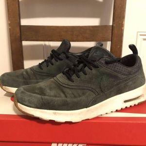NIKE AIR MAX THEA PINNACLE Seaweed Green Leather